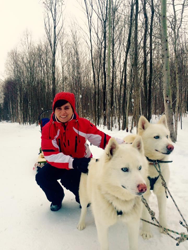 andreea with huskies
