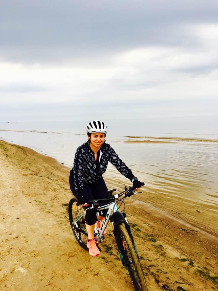 andreea cycling in jurmala